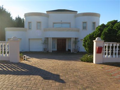 Langebaan, Country Club Property  | Houses For Sale Country Club, Country Club, House 4 bedrooms property for sale Price:2,440,000