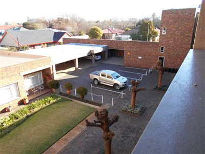 Potchefstroom Central property for sale. Ref No: 13249374. Picture no 5