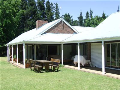 Property and Houses for sale in Villiersdorp, Farms, 4 Bedrooms - ZAR 9,500,000