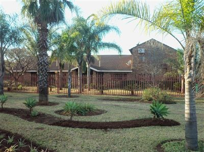 Property and Houses for sale in Derdepoort, House, 4 Bedrooms - ZAR 5,775,000