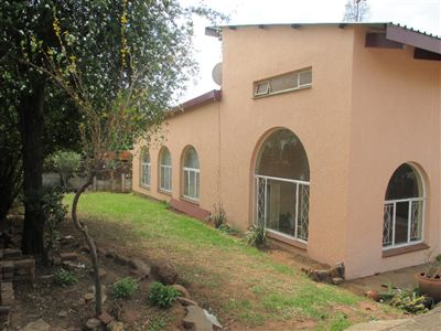 Property and Houses for sale in Die Heuwel And Ext, House, 3 Bedrooms - ZAR 910,000
