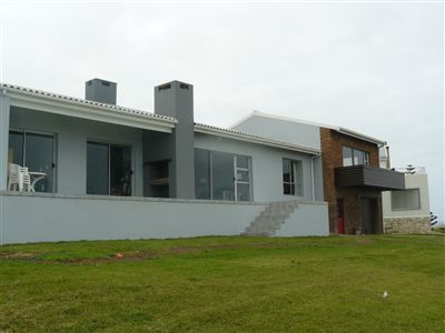 Property and Houses for sale in Jongensfontein, House, 4 Bedrooms - ZAR 4,500,000