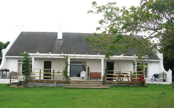 Cosy Cottage Style Home - St Francis Bay