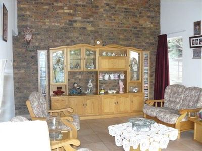 Die Heuwel And Ext property for sale. Ref No: 13296494. Picture no 8