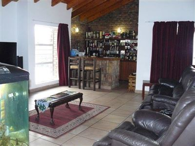 Die Heuwel And Ext property for sale. Ref No: 13296494. Picture no 10