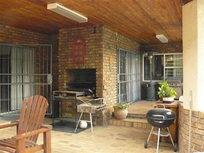Die Heuwel And Ext property for sale. Ref No: 13296494. Picture no 30