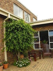 Die Heuwel And Ext property for sale. Ref No: 13296494. Picture no 34