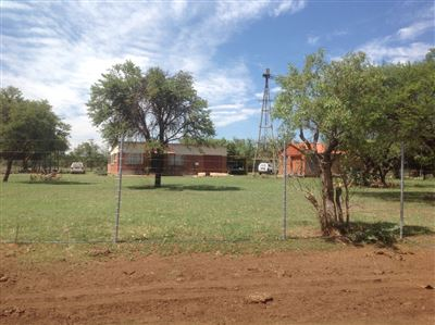 Kameelfontein property for sale. Ref No: 13296887. Picture no 4