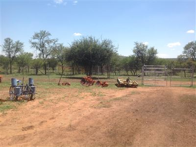 Kameelfontein property for sale. Ref No: 13296887. Picture no 10