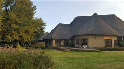 Property and Houses for sale in Witbank, House, 4 Bedrooms - ZAR 5,999,000