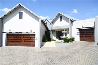 Property and Houses for sale in Copperleaf Estate, House, 4 Bedrooms - ZAR 7,950,000
