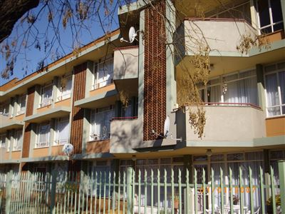 Potchefstroom Central property for sale. Ref No: 13313378. Picture no 1