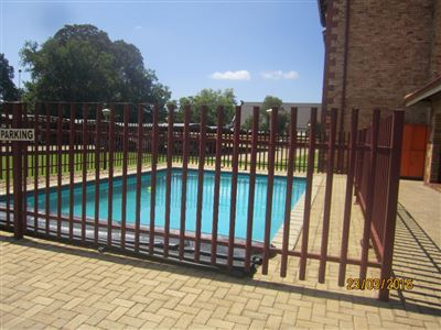 Potchefstroom Central property for sale. Ref No: 13316665. Picture no 5