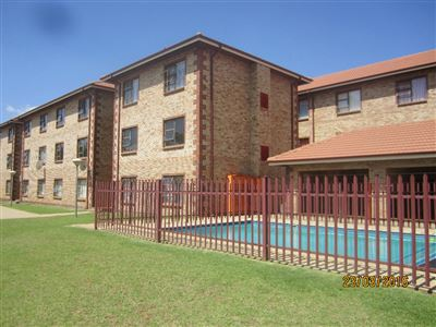 Potchefstroom Central property for sale. Ref No: 13316665. Picture no 6