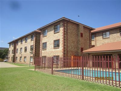 Potchefstroom Central property for sale. Ref No: 13316665. Picture no 1