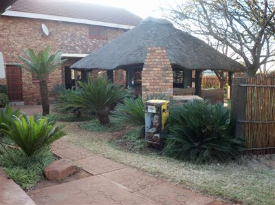 Property and Houses for sale in Derdepoort, House, 4 Bedrooms - ZAR 5,500,000
