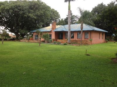 Property and Houses for sale in Kameeldrift East, House, 3 Bedrooms - ZAR 5,100,000