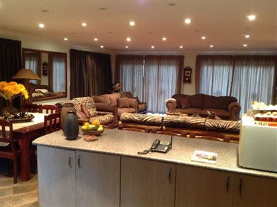 Kameeldrift East property for sale. Ref No: 13325554. Picture no 10