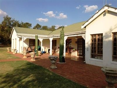 Property and Houses for sale in Derdepoort, House, 3 Bedrooms - ZAR 21,400,000