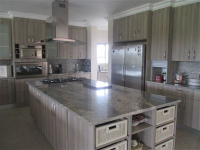 Sable Hills property for sale. Ref No: 13334957. Picture no 7