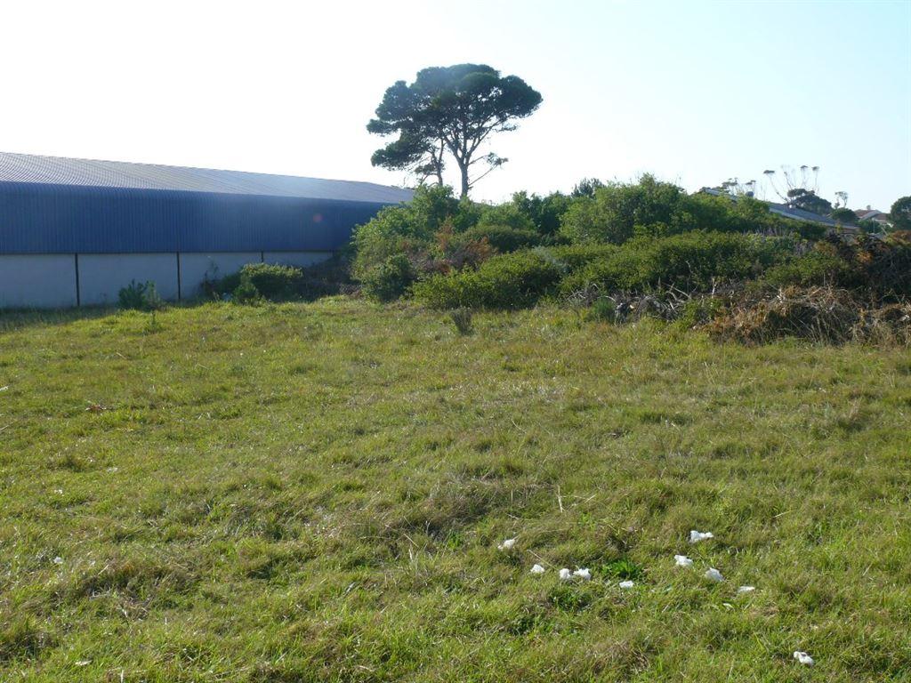 Neighbouring warehouse