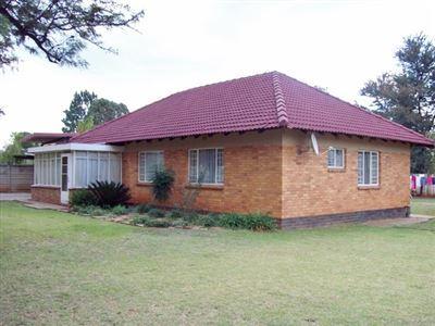 Stilfontein, Stilfontein Property  | Houses To Rent Stilfontein, Stilfontein, House 3 bedrooms property to rent Price:,  4,50*