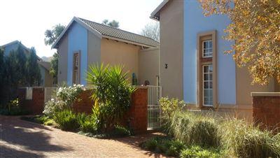 Bloemfontein, Westdene Property  | Houses For Sale Westdene, Westdene, Townhouse 2 bedrooms property for sale Price:920,000