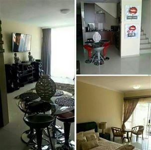 Property and Houses for sale in Die Heuwel And Ext, Townhouse, 3 Bedrooms - ZAR 760,000
