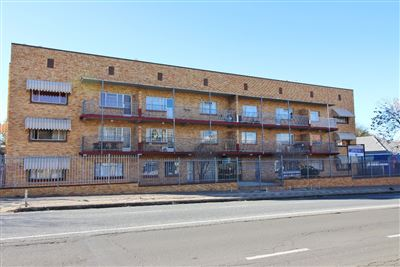 Bloemfontein, Arboretum Property  | Houses For Sale Arboretum, Arboretum, Flats 2 bedrooms property for sale Price:515,000