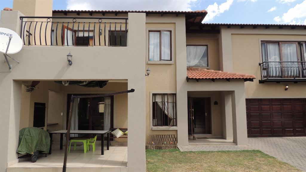 Double Storey in Bushwillow Estate with 3 beds and 2.5 baths with a lovely large garden.