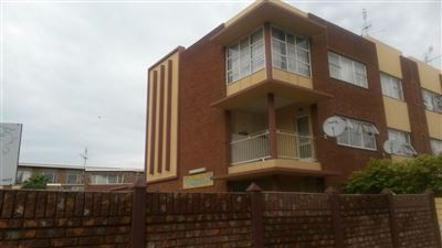 Potchefstroom Central property for sale. Ref No: 13402375. Picture no 1