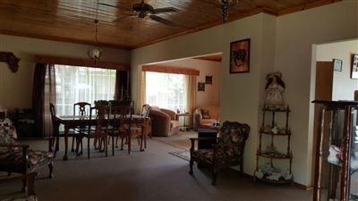 Parys property for sale. Ref No: 13381024. Picture no 7