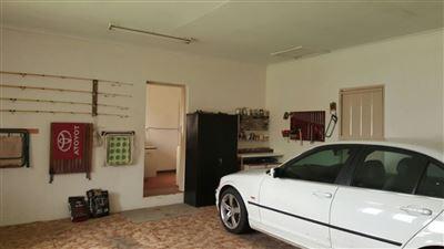 Parys property for sale. Ref No: 13381024. Picture no 16