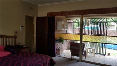 Parys property for sale. Ref No: 13381024. Picture no 18