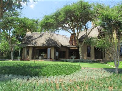 Leeuwfontein for sale property. Ref No: 13405003. Picture no 1