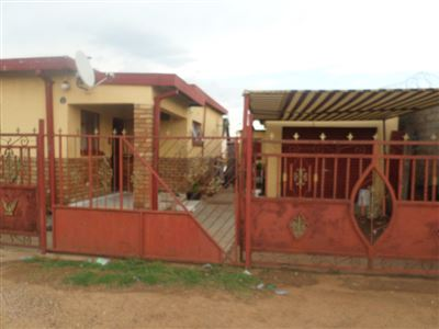 Parys, Tumahole Property  | Houses For Sale Tumahole, Tumahole, House 4 bedrooms property for sale Price:420,000