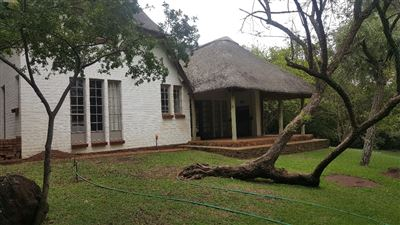 House for sale in Leeuwkloof