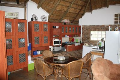 Kameeldrift East property for sale. Ref No: 13434388. Picture no 7