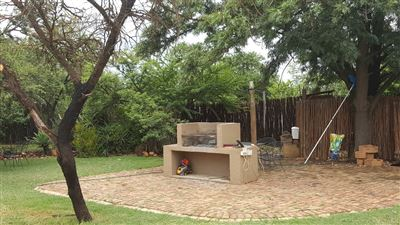 Kameeldrift East property for sale. Ref No: 13439008. Picture no 25