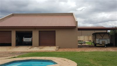 Kameeldrift East property for sale. Ref No: 13439008. Picture no 26