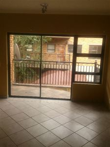 Potchefstroom Central property for sale. Ref No: 13439317. Picture no 6