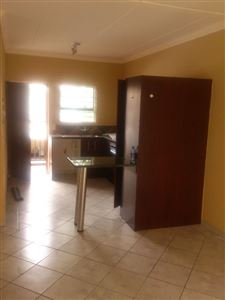 Potchefstroom Central property for sale. Ref No: 13439803. Picture no 7