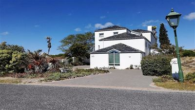 Shelley Point property for sale. Ref No: 13440908. Picture no 1