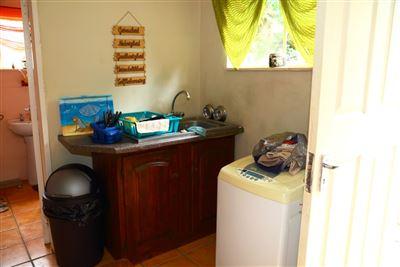 Mnandi property for sale. Ref No: 13443214. Picture no 28