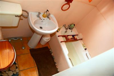 Mnandi property for sale. Ref No: 13443214. Picture no 29