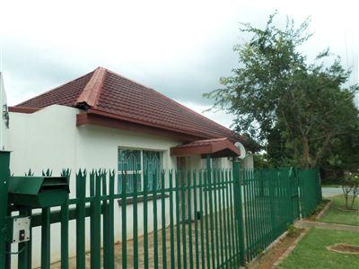 Parys property for sale. Ref No: 13443936. Picture no 1