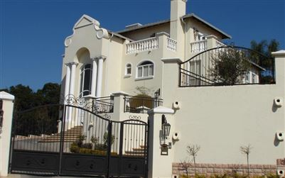 Property and Houses for sale in Waterkloof Ridge, House, 6 Bedrooms - ZAR 10,500,000