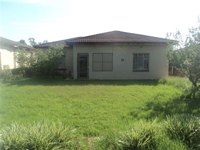 Property and Houses for sale in Vierfontein, House, 3 Bedrooms - ZAR 275,000