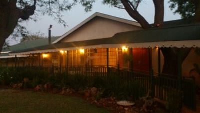 Property and Houses for sale in Derdepoort, House, 8 Bedrooms - ZAR 9,000,000