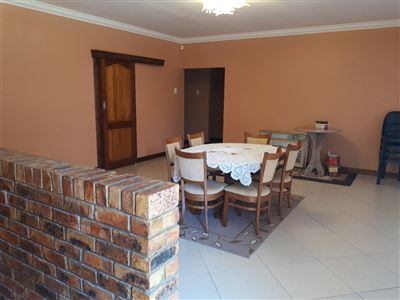 Kaysers Beach property for sale. Ref No: 13464318. Picture no 10